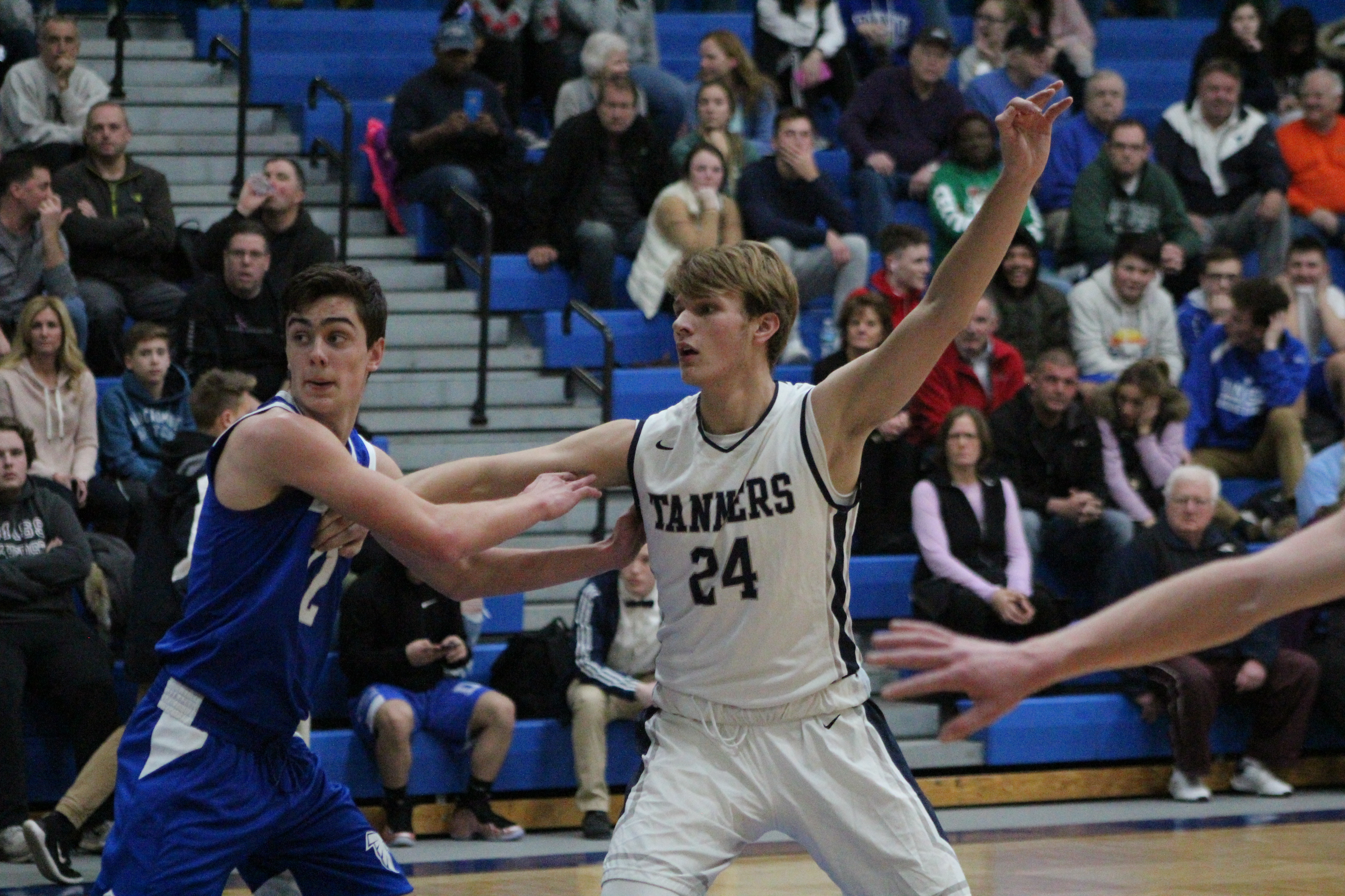 3f97af872 Peabody boys  basketball team falls to 0-2 after loss to Falcons ...